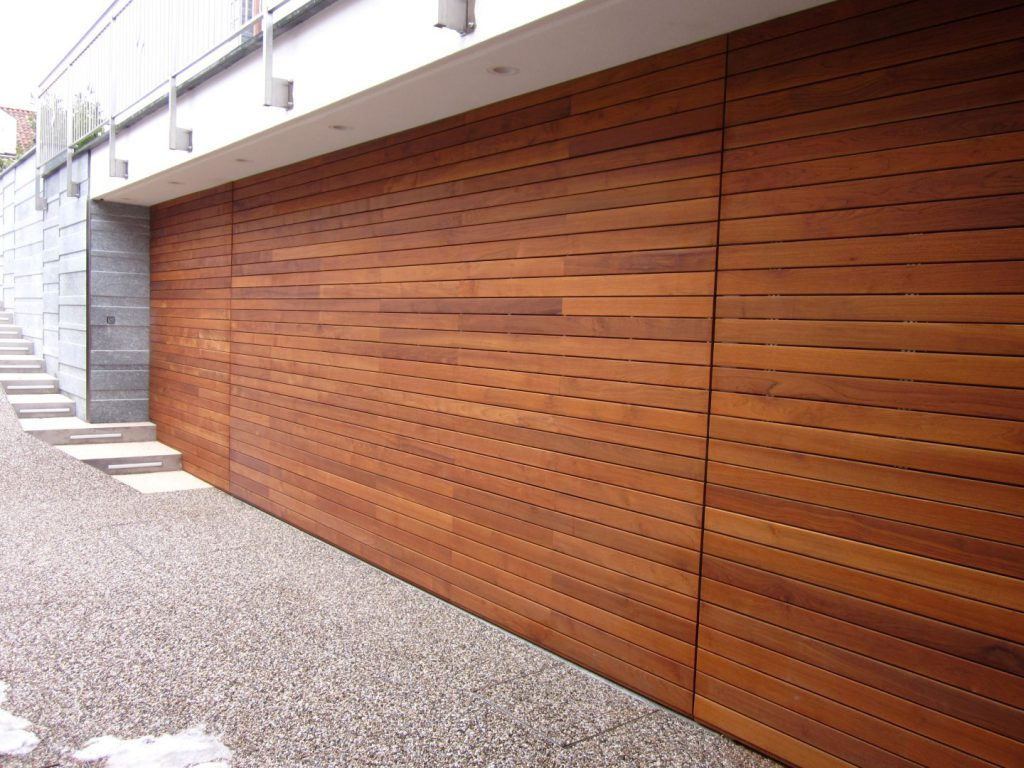 Cladding in teak
