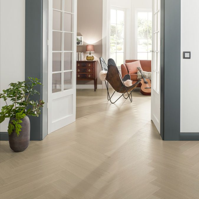 Par-ky veneered flooring