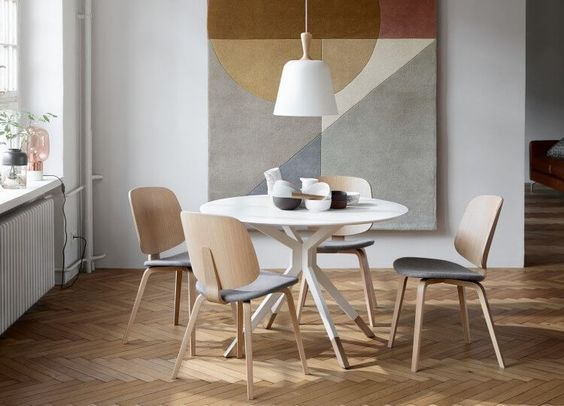 Billund table and Aarhus chairs by BoConcept