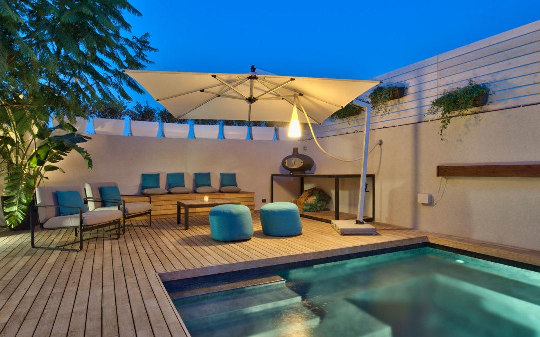 Pool and deck TRIBU, FIM, Custom Decking