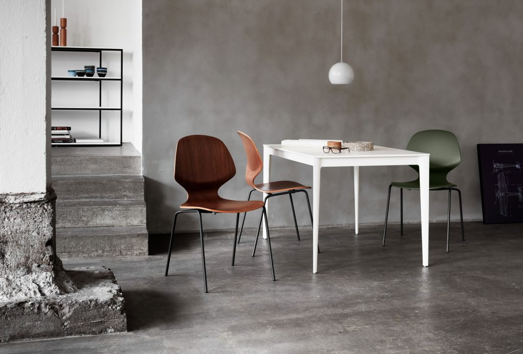 Torino table and Florence chairs by BoConcept