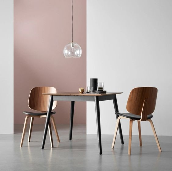 Milano extendable table by BoConcept