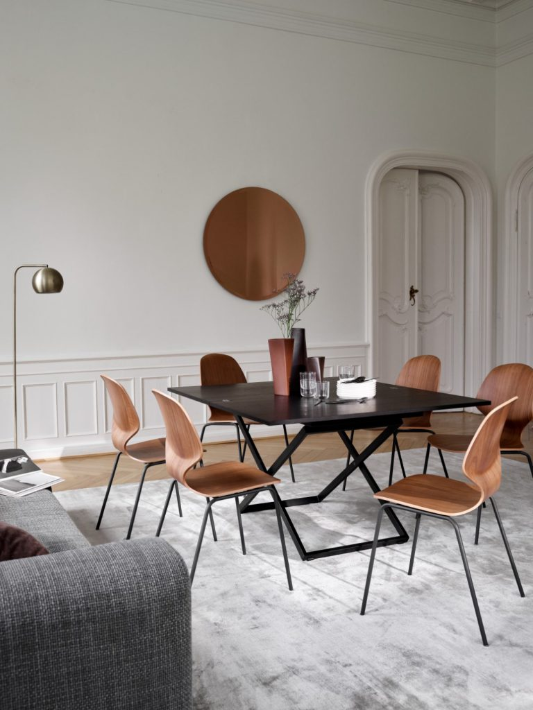 Rubi table and Florence chairs by BoConcept